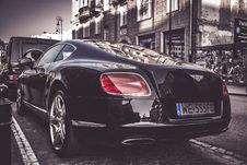 Free Photography Of Black Bentley Royalty Free Stock Photo - 116776505