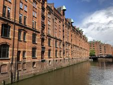 Free Waterway, Canal, Water, Building Stock Images - 116789204