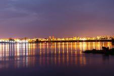 Free Reflection, Cityscape, Horizon, Skyline Royalty Free Stock Photo - 116789895