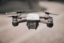 Free Flying White Drone Tilt Shift Lens Photography Stock Photos - 116927883