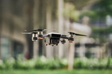 Free Black And Silver Drone Quadcopter Royalty Free Stock Photos - 116927908