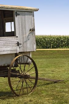 Free Vintage School Wagon With Corn Field Royalty Free Stock Photography - 1174737