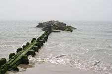 Free Lonely Pier Stock Image - 1175101