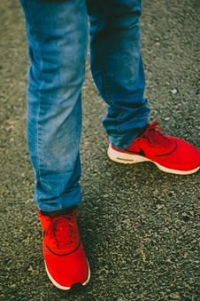 Free Person Wearing Red Nike Running Shoes Stock Photo - 117112700