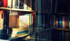 Free Photography Of Books On Bookshelf Royalty Free Stock Image - 117112846