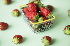 Free Basket, Berry, Breakfast Stock Photo - 117120160