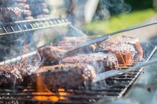 Free Close Photography Of Grilled Meat On Griddle Royalty Free Stock Photos - 117280648