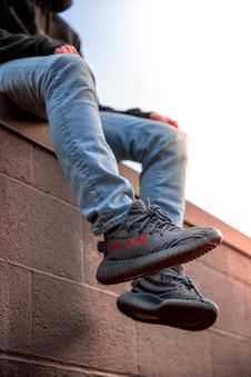 Free Person Wearing Adidas Yeezy Boost Shoes Stock Photography - 117352592