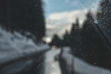 Free Photography Of Raindrops On Glass Royalty Free Stock Photo - 117486235