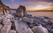 Free Gray Rock Formation On Seaside At Golden Hour Stock Images - 117608504