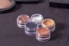 Free Five Assorted-color Glitter Foundation Stock Photos - 117608553