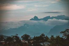 Free Silhouette Photo Of Mountain Stock Photos - 117689053