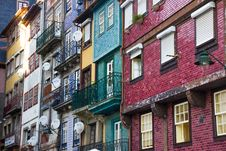 Free Multicolored Multi-story Buildings Royalty Free Stock Photography - 117689237