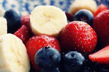Free Sliced Strawberries, Banana, And Blackberries Stock Photo - 117689360