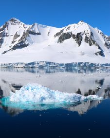 Free Glacial Lake, Iceberg, Glacier, Arctic Stock Images - 117729224