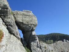 Free Rock, Bedrock, Outcrop, Escarpment Royalty Free Stock Photo - 117729485