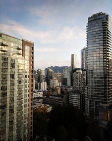 Free Metropolitan Area, Skyscraper, Urban Area, City Royalty Free Stock Images - 117729729
