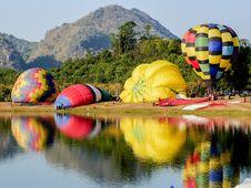 Free Nature, Hot Air Ballooning, Hot Air Balloon, Yellow Stock Images - 118154044