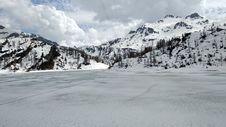 Free Mountainous Landforms, Snow, Geological Phenomenon, Glacial Landform Stock Photos - 118155113