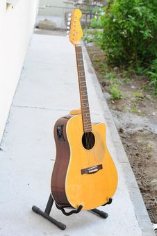 Free Musical Instrument, Guitar, Acoustic Guitar, Plucked String Instruments Royalty Free Stock Photography - 118155737
