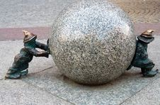 Free Sphere, Sculpture, Rock, Stone Carving Stock Photography - 118156112