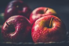 Free Four Red Apple Fruits Stock Image - 118221521