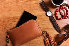 Free Brown Leather Zip Wristlet Stock Photography - 118221562