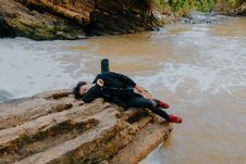 Free Photo Of Man Lying On Rock At River Royalty Free Stock Image - 118221646