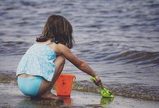 Free Girl Near Seashore Stock Photography - 118221692