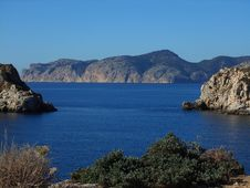 Free Coast, Sea, Sky, Coastal And Oceanic Landforms Royalty Free Stock Photo - 118324625