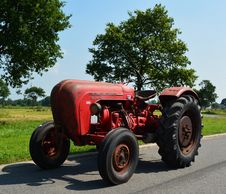 Free Tractor, Agricultural Machinery, Motor Vehicle, Car Royalty Free Stock Images - 118430529
