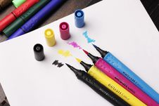 Free Brush Colouring Pens On Top Of White Paper Stock Photography - 118464502