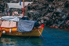 Free Yellow And Red Boat On Body Of Water Stock Image - 118464841