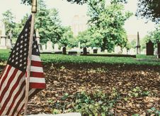 Free U.s. Flag Stand On National Heroes Cemetery Royalty Free Stock Photography - 118598857