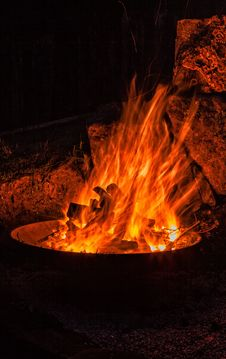 Free Fire, Heat, Flame, Campfire Stock Photo - 118779120