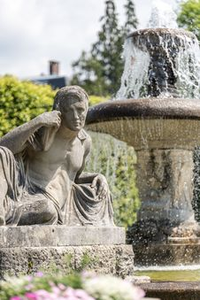 Free Statue, Sculpture, Garden, Monument Royalty Free Stock Photography - 118779837