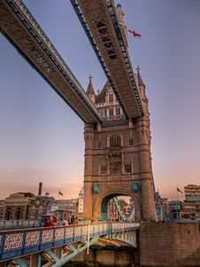 Free Landmark, Sky, Bridge, Building Stock Photo - 118780230