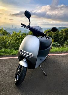 Free Motor Vehicle, Scooter, Mode Of Transport, Moped Stock Photo - 118780270