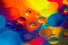 Free Red, Blue, And Yellow Round Lights Stock Photography - 118920682