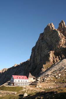 Free Rifugio In The Dolomites,Italy Royalty Free Stock Photo - 1193645
