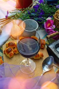 Free Tableware, Wine Glass, Stemware, Dish Royalty Free Stock Photo - 119034475