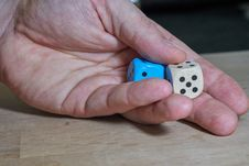Free Finger, Hand, Dice, Games Royalty Free Stock Image - 119034526