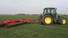 Free Agricultural Machinery, Agriculture, Grassland, Field Stock Photos - 119035063