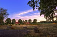 Free Photo Of Barn During Dusk Royalty Free Stock Images - 119196849