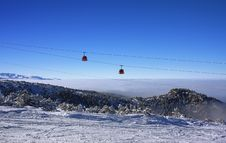 Free Cable Car Ski Lift. Borovets, Bulgaria Stock Photo - 11932930