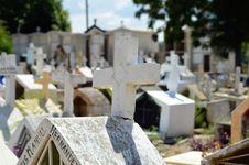 Free Cemetery, Grave, Headstone Stock Image - 119316971