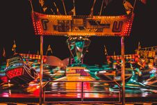 Free Panning Photography Of Carousel Stock Images - 119382814