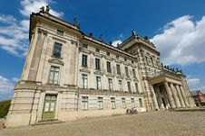 Free Classical Architecture, Landmark, Building, Stately Home Stock Photography - 119411942