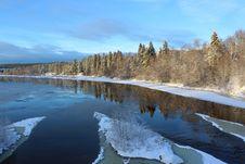 Free Reflection, Winter, Water, Nature Stock Photo - 119412570