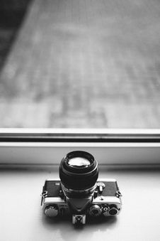 Free Grayscale Photography Of Dslr Camera Royalty Free Stock Photography - 119467367